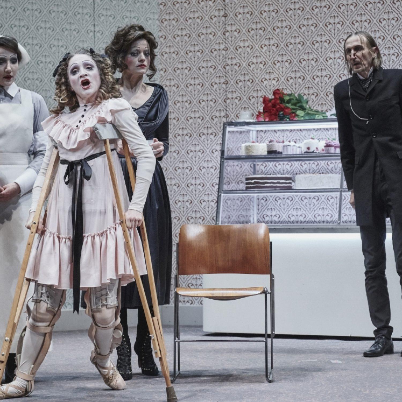 NETRPĚLIVOST SRDCE - Národní divadlo